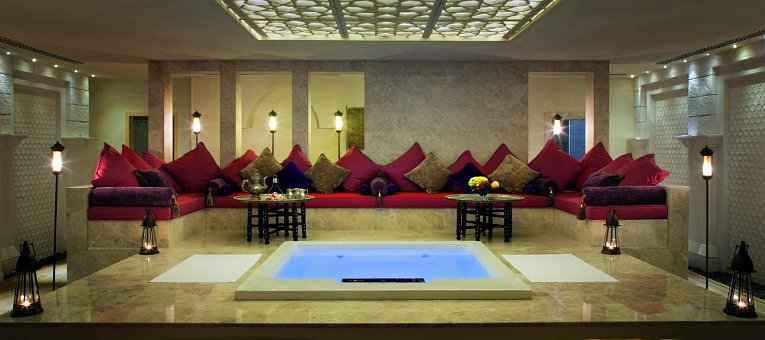 jumeirah-zabeel-saray-spa-vip-couples-treatment-room-hero.765x340.jpg